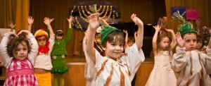Kids at Nikitsaya Jewish Cultural Center celebrate Hannukah. Photo courtesy of Nikitskaya JCC.